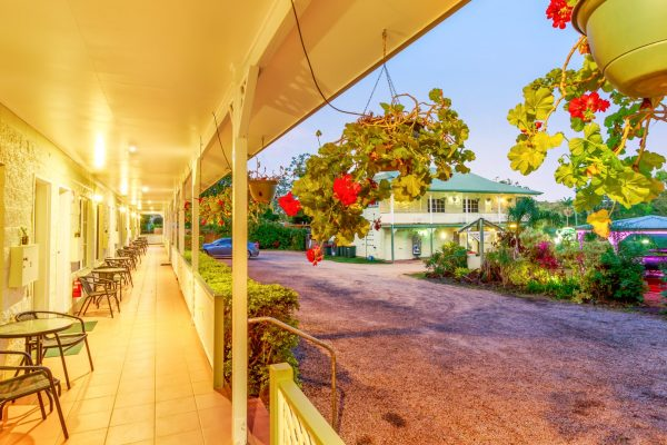 Yungaburra Park Motel (1)